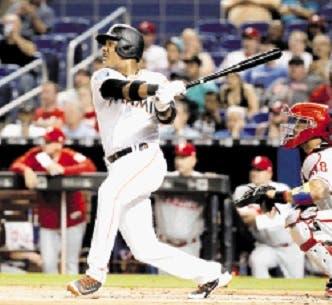 Castro pegó dos hits en triunfo Marlins