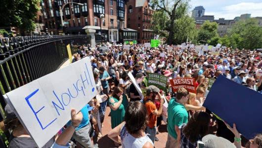 EEUU busca aumentar la detención de familias migrantes