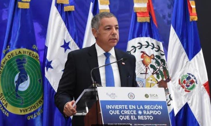 Ministro de Hacienda: inversión extranjera se ha convertido en motor de economía RD