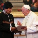 El Papa Francisco y Evo Morales/AP