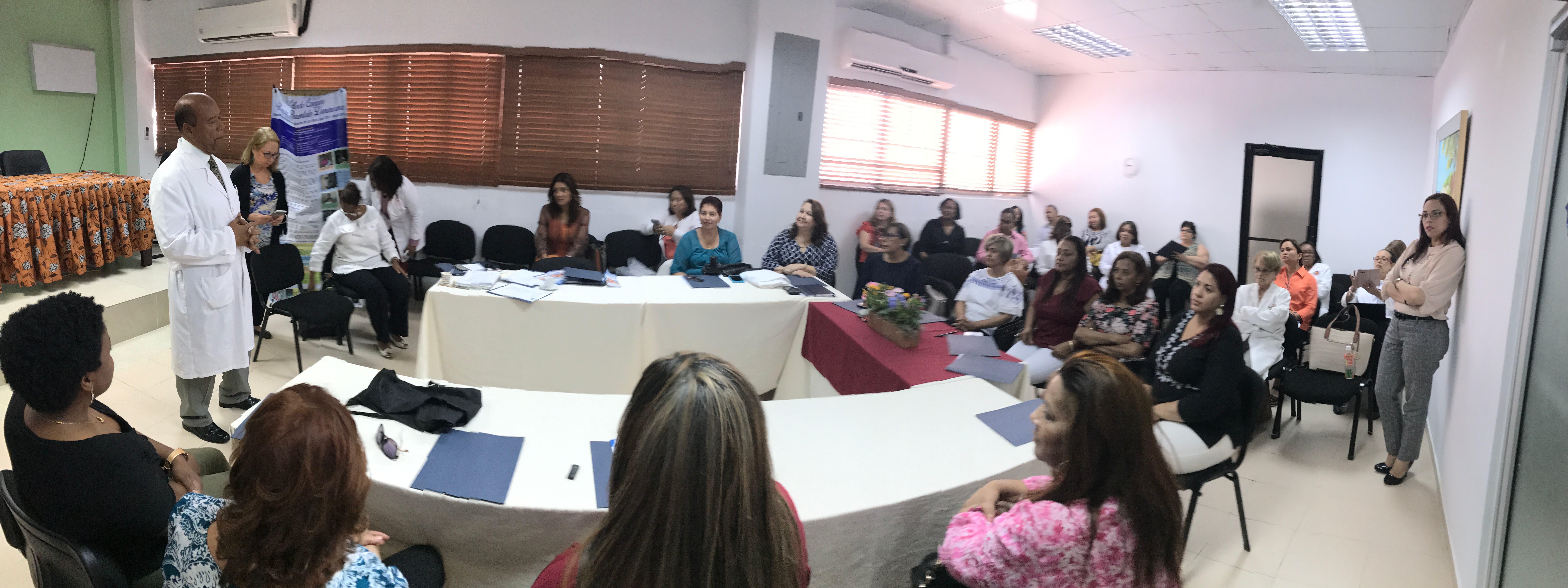 Maternidad de Los Mina realiza taller sobre el método Madre Canguro