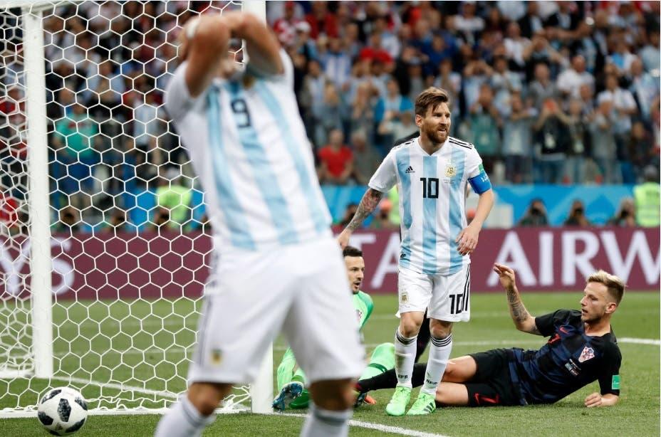 Argentina al borde del abismo: pierde 3-0 con Croacia