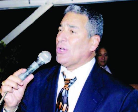 """Niní Cáffaro, primer intérprete de la canción """"Por amor""""."""