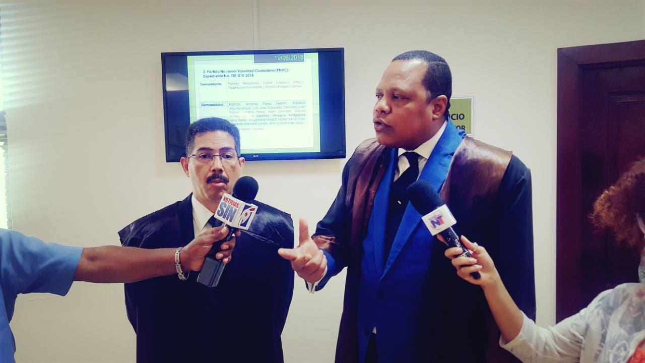 PRSC pide inhibición de dos jueces del TSE