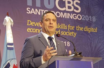 Simposio advierte en sus conclusiones sobre déficit de cualificación digital en el aprendizaje tecnológico