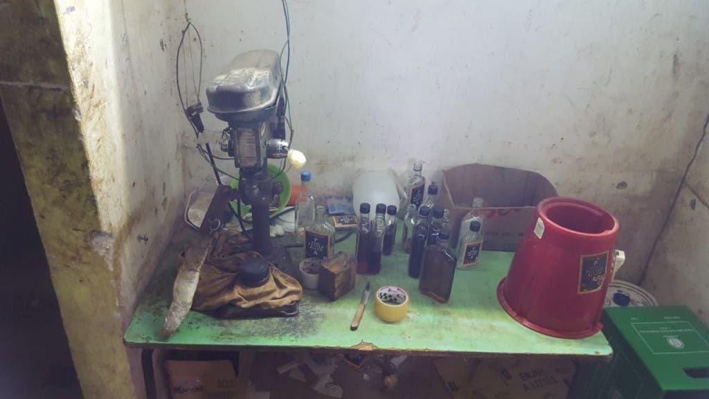 La Policía desmantela laboratorio clandestino de bebidas adulteradas