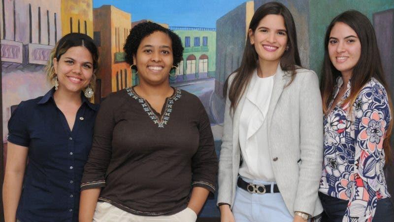 La Esquina Joven de esta semana con profesionales de la Pontificia Universidad Católica Madre y Maestra (PUCMM). HOY/ Aracelis Mena. 12/07/2018