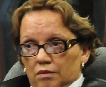 La Suprema Corte de Justicia Aplazo el Juicio en contra de solicitado en extradición Miguel Rosa Ureña en Santo Domingo Distrito Nacional, en la foto  Miriam German. El País/ Hoy Andrés Monción 01/02/12