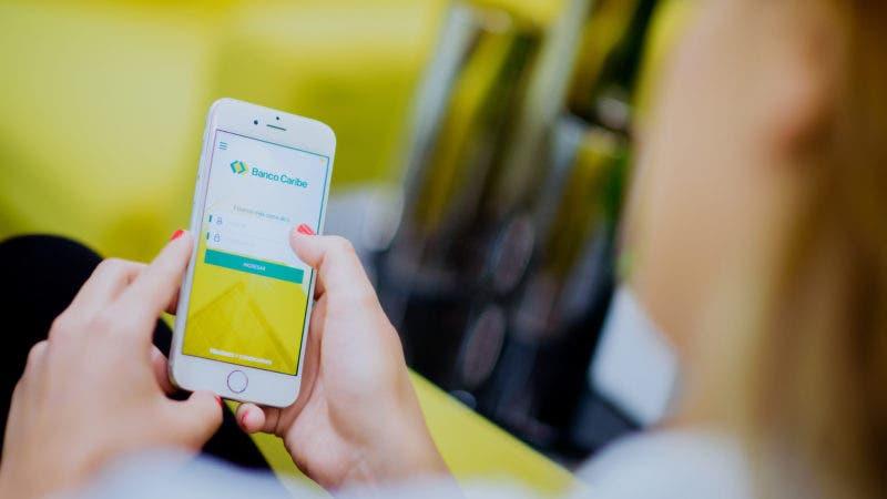 2 Foto Banco Caribe presenta aplicación móvil