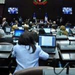 El pais.La Cámara de Diputados en sesión enbezada por su presidente Diputado Ruben Maldonado fotos de Ambiente de la Camara.Hoy/Pablo Matos          04-07-2018
