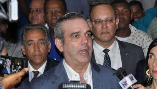Luis Abinader propone gastos de primarias provengan de fondos JCE entrega a partidos