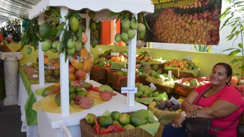 De viaje a la Ciudad de Bani para realizar un reportaje sobre la Feria del Mango 2018. Hoy/ Napoleón Marte 28/06/2018