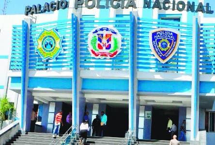fachada, durante una Rueda de prensa en Policía Nacional Santo Domingo República Dominicana. 29 de marzo del 2016. Foto Pedro Sosa