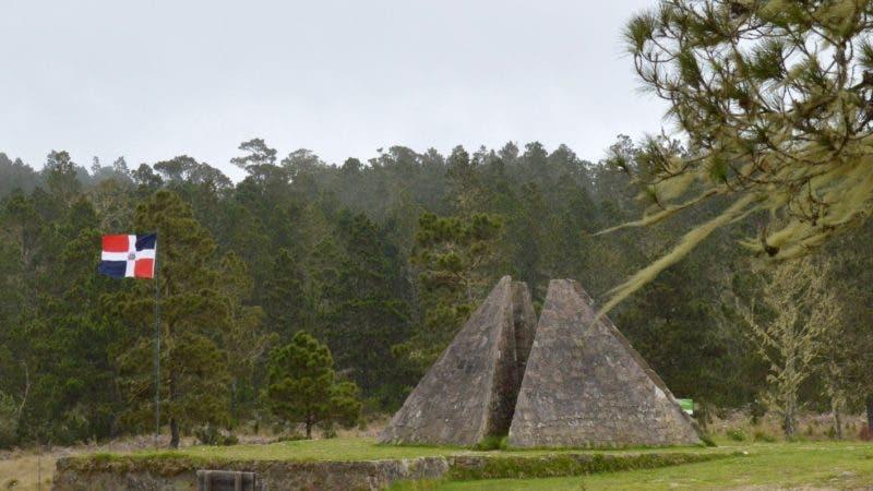 Reportaje en Valle Nuevo y Constanza, haciendo la ruta por la provincia de Ocoa sobre los desalojados en el la zona de área protegida parque Valle Nuevo, la pirámide. Hoy/ Napoleón Marte 22/05/2017