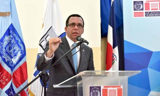 Navarro pide a directores regionales desarrollar gestión ética y moral