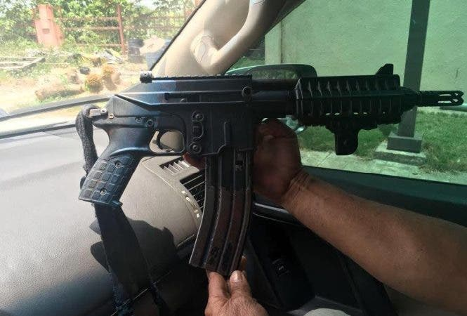 Arma que habría sido recuperada por la Policía.