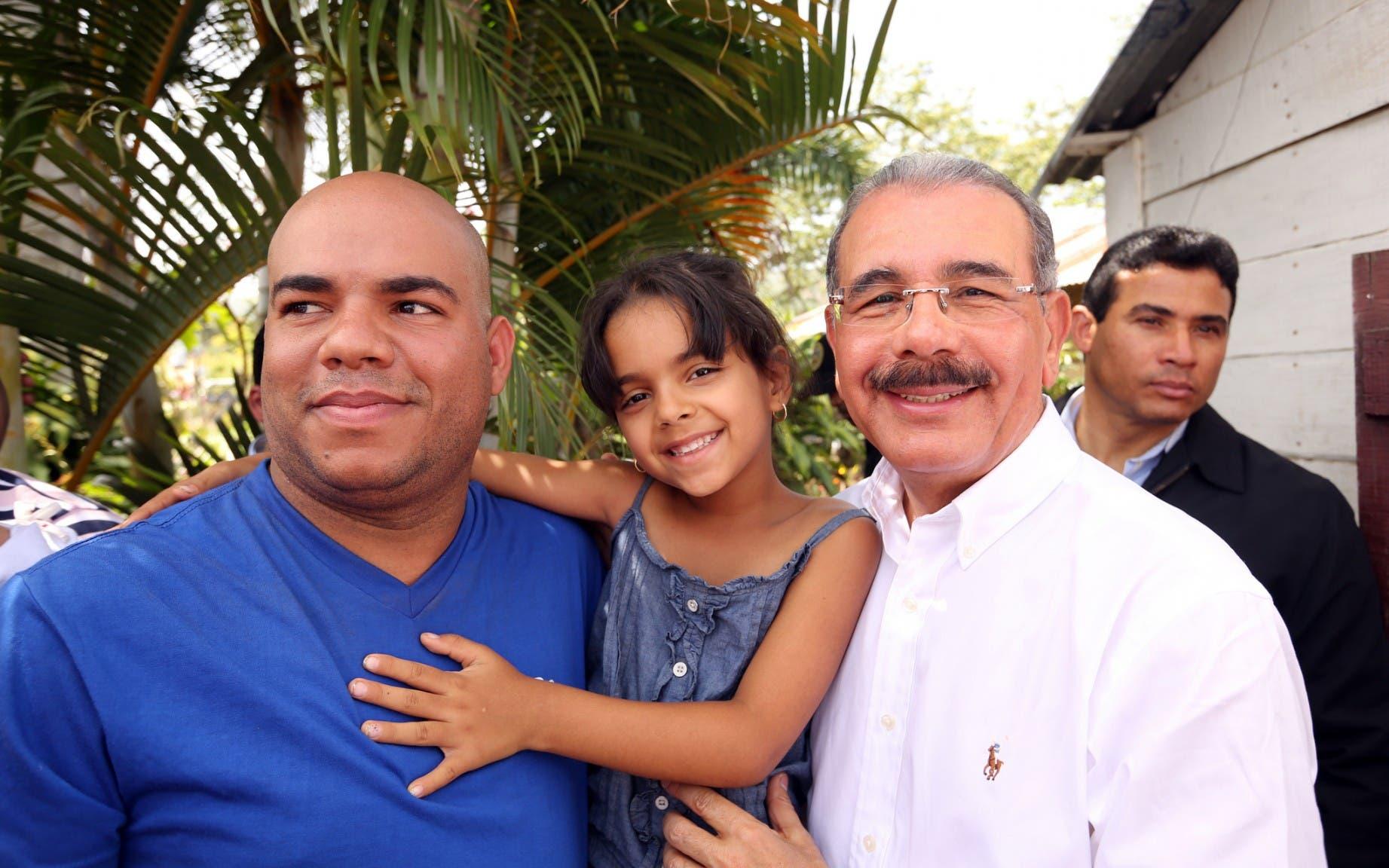 Danilo invita a los Padres a brindar amor, apoyo, orientación, buen ejemplo y protección