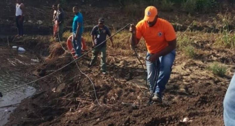 Recuperan cadáveres de niños se habrían lanzado a laguna de San Pedro de Macorís