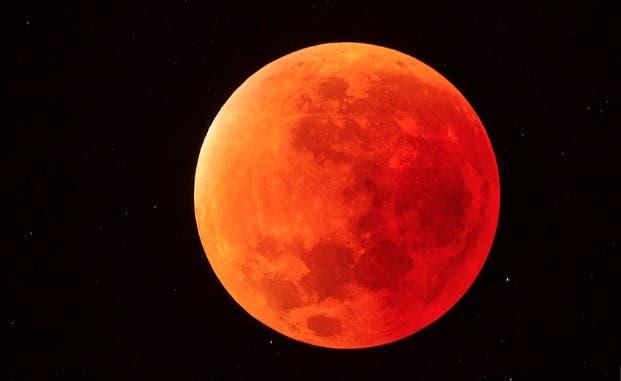 EN VIVO: Inicia eclipse lunar más largo del siglo
