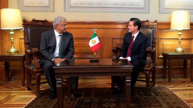 López Obrador y Peña Nieto/AP