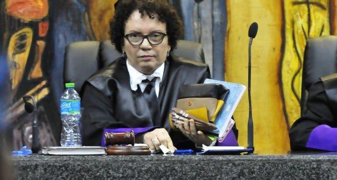 Procuraduría aclara no intervino número de teléfono de Miriam Germán Brito