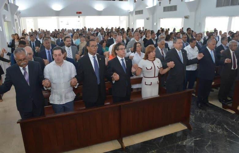 SIE y la Comisión Nacional de Energía celebran XVII aniversario con misa de acción de gracias