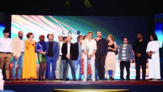 """""""Veneno"""" arrasa en Premios La Silla"""