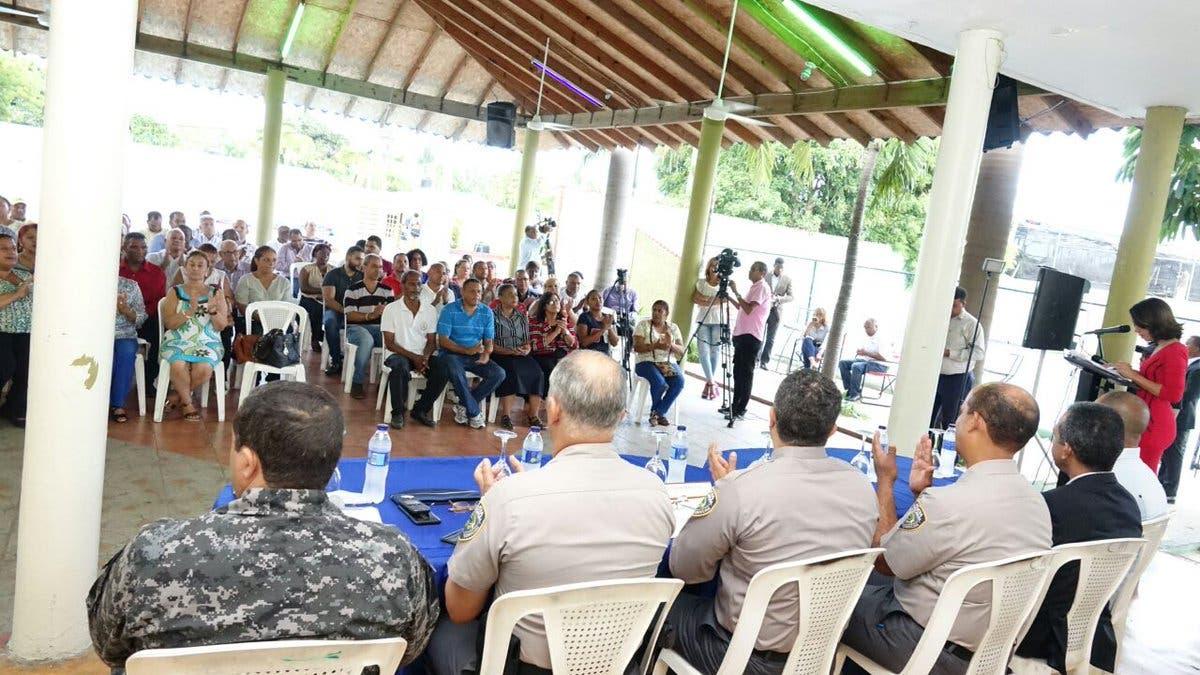 La Policía dice que iniciativa «Diálogo con la Comunidad» ha impactado más de 5 mil personas