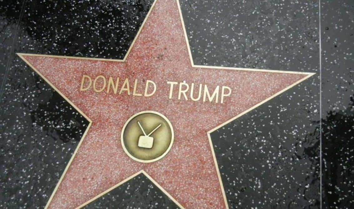 Piden retirar estrella de Trump de Paseo de la Fama