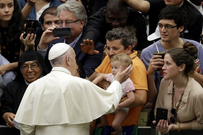 """El papa dice que la pena de muerte es """"inadmisible"""""""