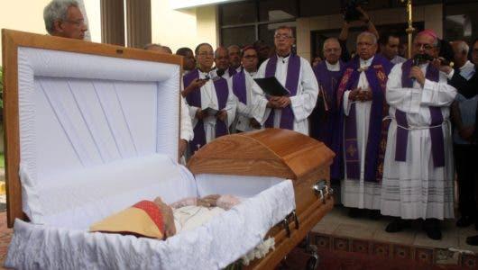 Mamerto Rivas es despedido con exaltación de sus aportes