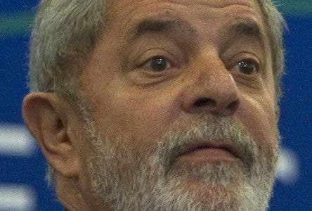 Brazil's President Luiz Inacio Lula da Silva looks on during a news conference at the Mercosur summit in Foz do Iguacu, Brazil, Friday, Dec. 17, 2010. Mercosur is a South American trade block. (AP Photo/Andre Penner)
