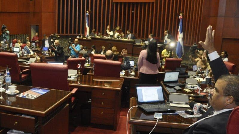 El pais.Sesion en el Senado de Republica Dominicana.Hoy/Pablo Matos     10-07-2018