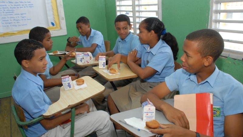 El Desayuno Escolar se suministra en tres modalidades a cerca de millón y medio de estudiantes diariamente.Hoy/Fuente Externa 2/9/12