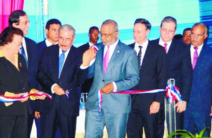 El Pais/El Presidente Danilo Medina Sanchez ,Inauguro el Sistema de Emergencia 911 de la Provincia Moseñor Nouel  Municipio Bonao ,Hoy/ Jose Francisco /29-8-2018