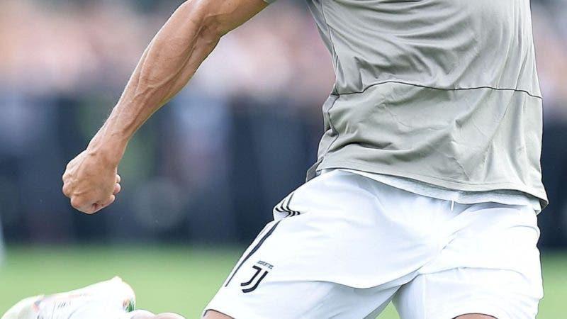 Cristiano Ronaldo controls the ball during a friendly match between the Juventus A and B teams, in Villar Perosa, northern Italy, Sunday, Aug.12, 2018. (Alessandro Di Marco/ANSA via AP)