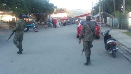 En  Haití impiden el paso al mercado en Comendador