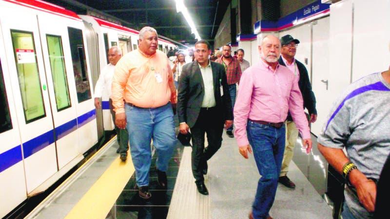 La Oficina para el Reordenamiento del Transporte OPRET anuncia  Inauguración de la línea 2B del metro de Santo Dominando el próximo Miércoles será inaugurada la Línea 2b la cual Beneficiara 850,000 mil habitantes en foto : Ing. Manuel Antonio Saleta, OPRET ,HOY Duany Nuñez