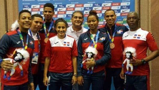 Bádminton reconoce a sus medallistas de Barranquilla