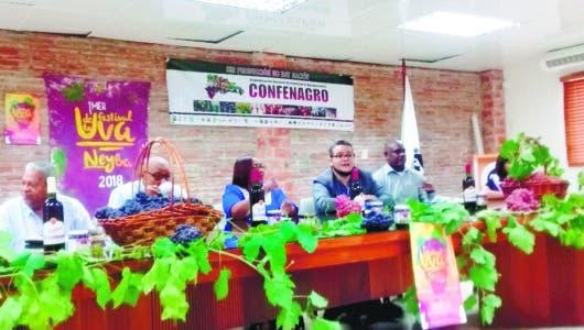 Productores de uva  recuerdan a Medina crédito RD$86 MM