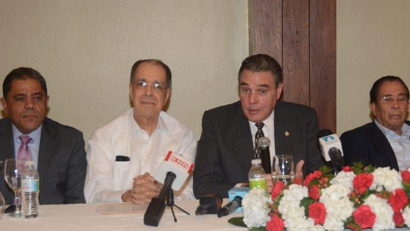 Partido Reformista Social Cristiano (PRSC) realiza encuentro con la prensa en el hoten Dominican Fiesta.  En foto: José Jacin 13-8-2018 HOY / Ariel Gómez