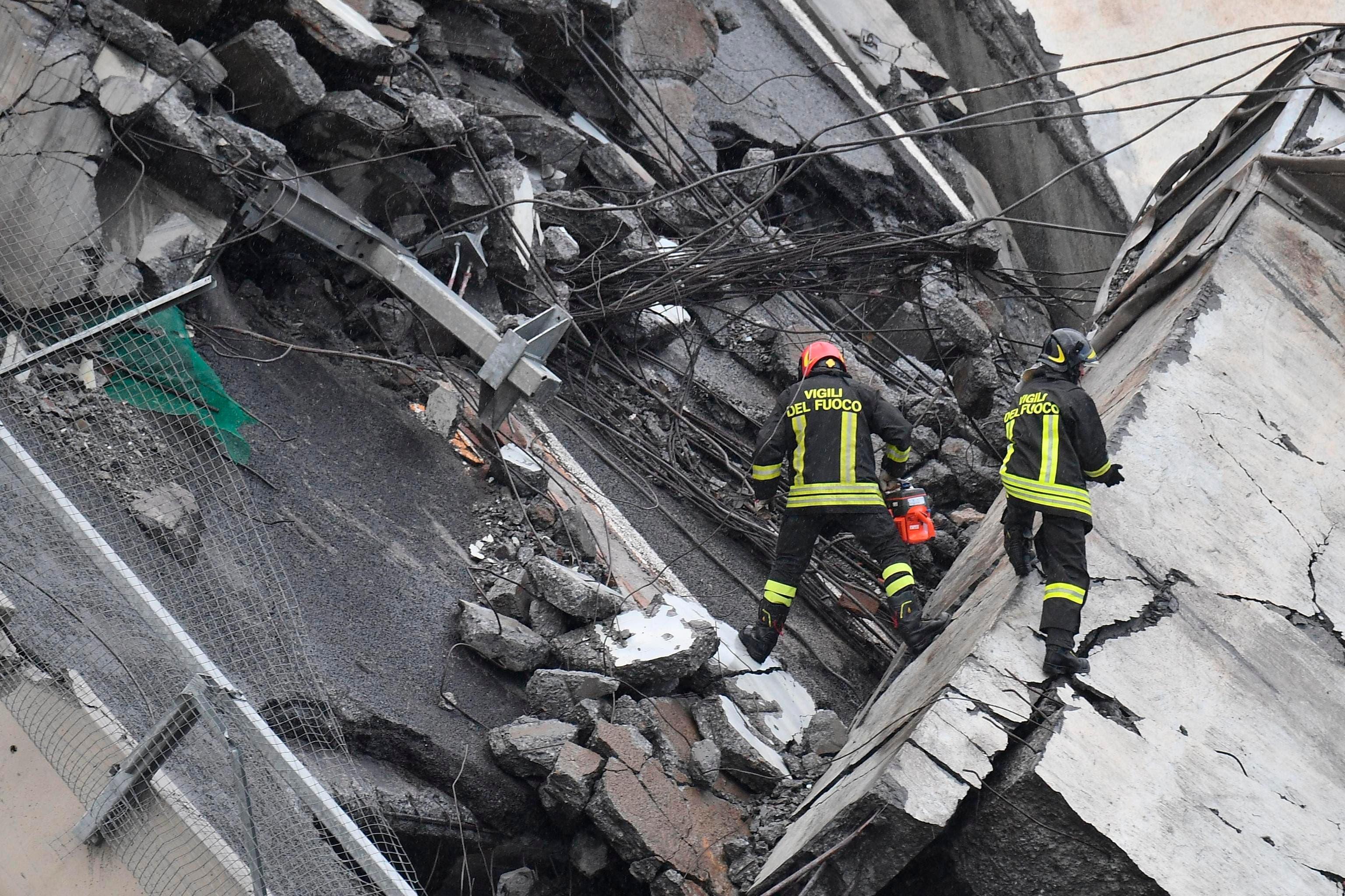 Video: Al menos 11 muertos  y cinco heridos en derrumbe de un puente en Génova, Italia