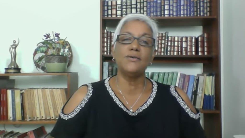 Altagracia Salazar: Adiós a CDN. La intolerancia del PLD se lleva otro espacio de periodismo decente