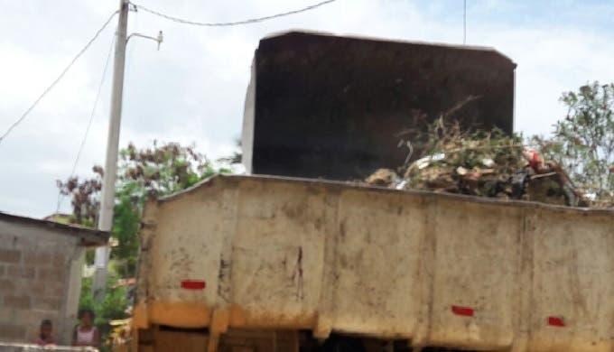 Conviertan Parque Nacional de La Caleta en un depósito de basura