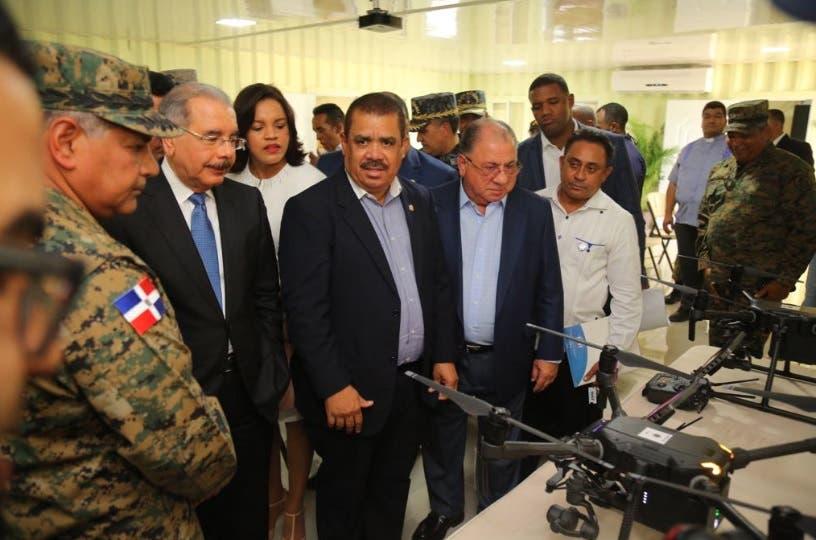 Danilo Medina pone en operación sistema de drones para reforzar seguridad y control migratorio