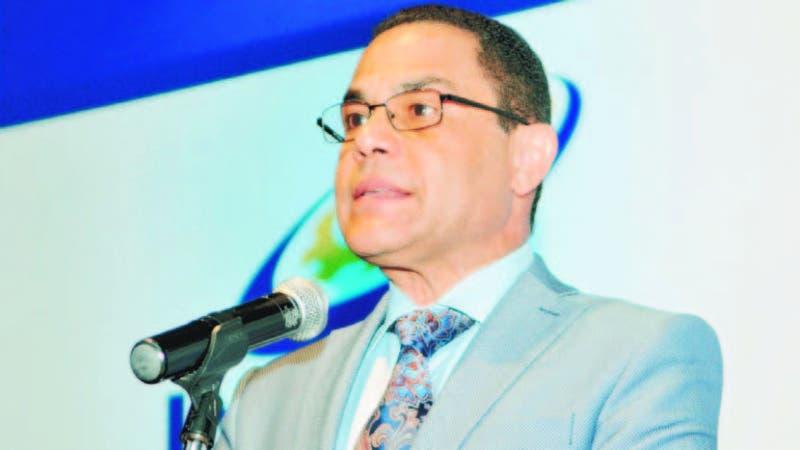El director general del Infotep, Rafael Ovalles, advirtió que no permitirá relajo en ese organismo, al que