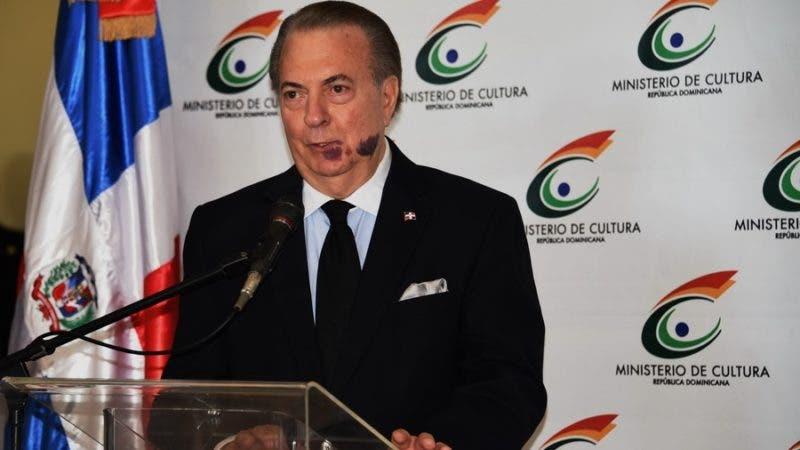 El ministro de Cultura%2c arquitecto Eduardo Selman.