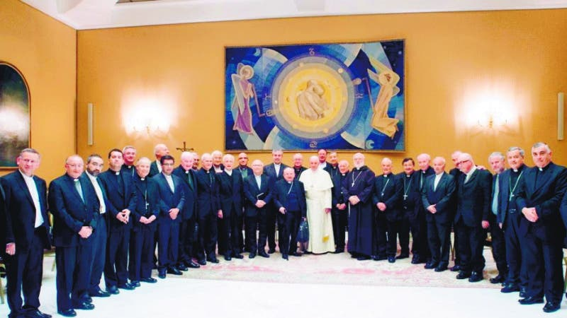 """This handout picture released by the Vatican press office shows Pope Francis during a meeting with bishops from Chile on May 17, 2018 at the Vatican. Pope Francis received Chilean bishops at the Vatican in a bid to address a child abuse scandal within the Church in Chile that has come to haunt his papacy. The 34 bishops, three of whom are already retired, are to hold private and group meetings with the Argentine pontiff between Tuesday and Thursday.  - RESTRICTED TO EDITORIAL USE - MANDATORY CREDIT """"AFP PHOTO / VATICAN MEDIA"""" - NO MARKETING NO ADVERTISING CAMPAIGNS - DISTRIBUTED AS A SERVICE TO CLIENTS    / AFP / VATICAN MEDIA / HO / RESTRICTED TO EDITORIAL USE - MANDATORY CREDIT """"AFP PHOTO / VATICAN MEDIA"""" - NO MARKETING NO ADVERTISING CAMPAIGNS - DISTRIBUTED AS A SERVICE TO CLIENTS"""