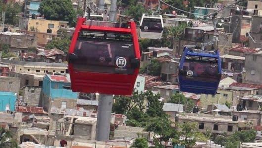 El teleférico visto como un   atractivo turístico