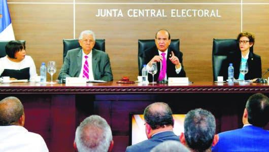 JCE amplió a 105 días  plazo partidos   decidan primarias